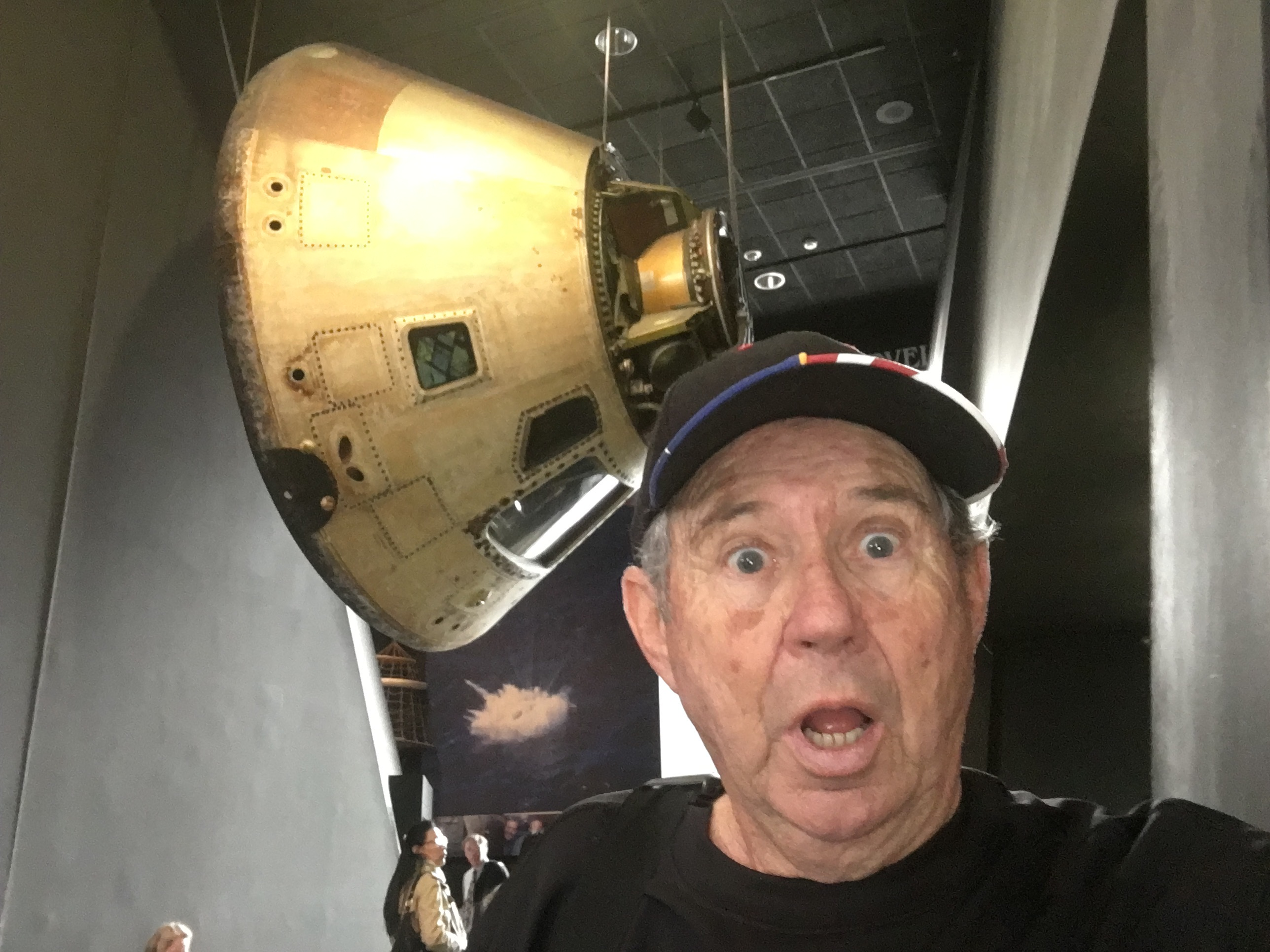 Mike-and-Apollo-Capsule